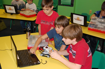 Bits, Bytes & Bots - Summer Camp for kids in Atlanta